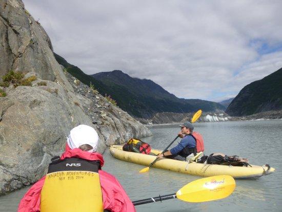 Valdez, AK: Mark, our guide explaining the geology.