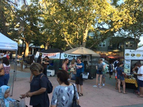 Davis, Калифорния: Food outlets