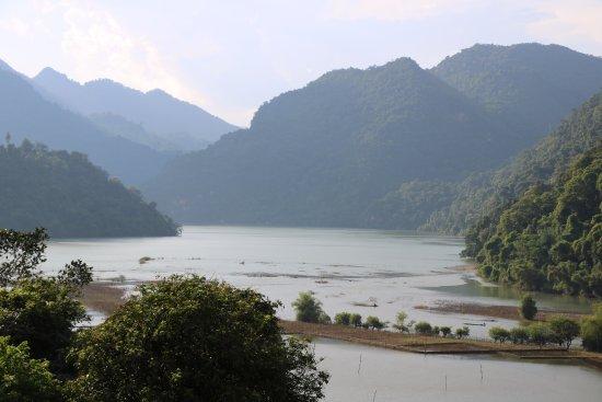 Bac Kan Province, فيتنام: Lago Ba Be