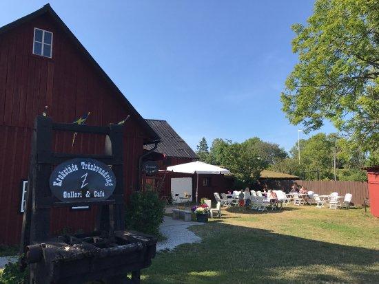 Gotland, Svezia: Krokstade Troskvandring Galleri Cafe Logi