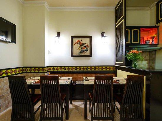 Bich Duyen Hotel: khu vuc an uong