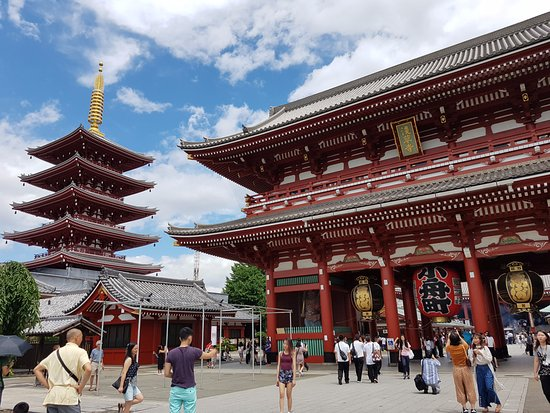 Taito, Japan: Sensoji Temple