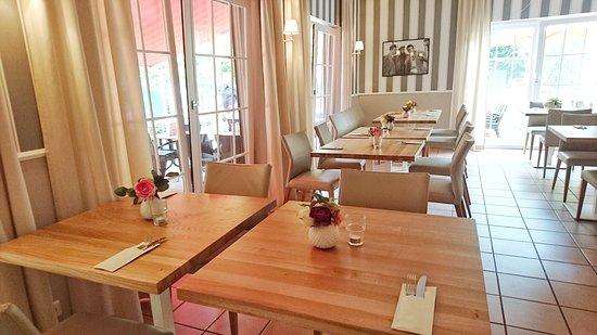 Dreieich, Duitsland: Das Restaurant von innen