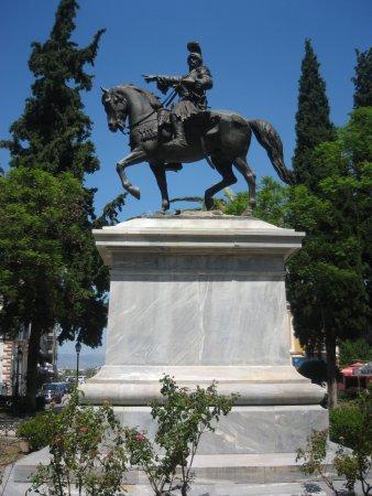 Άγαλμα Κολοκοτρώνη