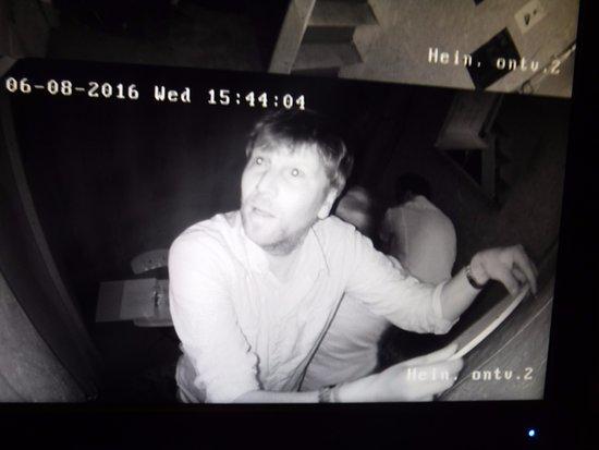 Beekbergen, Hollanda: De camera ziet alles!
