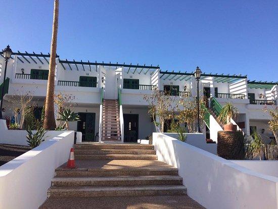 Apartamentos tropicana updated 2018 apartment reviews - Apartamentos baratos en lanzarote puerto del carmen ...
