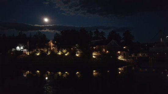 Southwest Harbor, ME: Pier One at Night