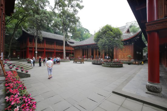 Leshan, China: temples