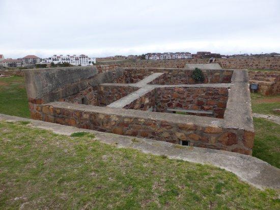 Port Elizabeth, Republika Południowej Afryki: Inside the fort and powder rooms
