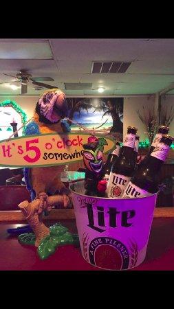 Inwood, WV: Beer Buckets $10 Sundays & Mondays