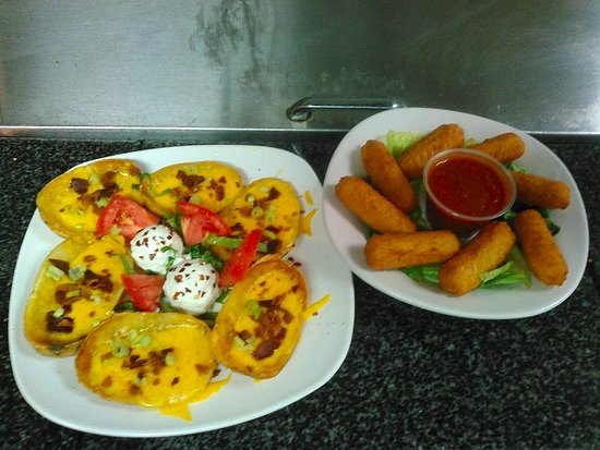 Inwood, Virginia Occidental: 1/2 off Appetizers 1-4 pm daily (dine in only)