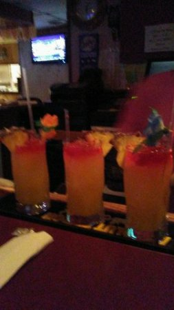 Inwood, Virginia Occidental: Delicious Tropical Drinks Tiki Sunset