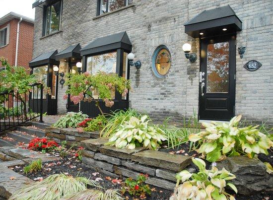 Saint-Lambert, Kanada: Nos nouvelles fenêtres et une nouvelle porte