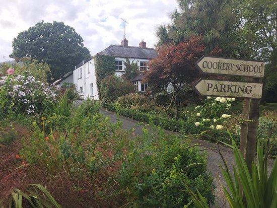 Ballyknocken House: photo0.jpg