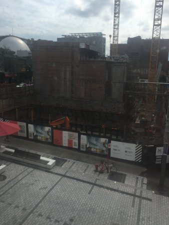 Hotel Quartier des Spectacles: View looking south from C205. Cafe Cleopatra in the middle of construction site.