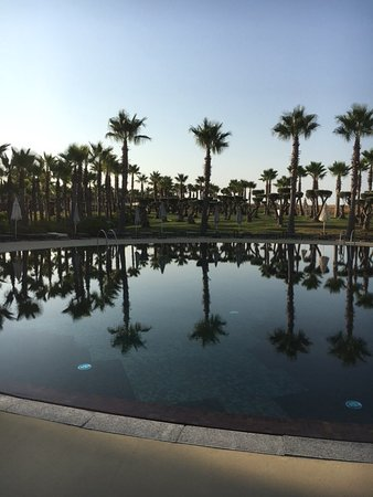 Salgados Dunas Suites: perfect morning swim