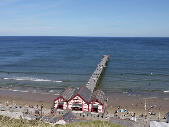 Saltburn-by-the-Sea, UK: Saltburn tram office and pier