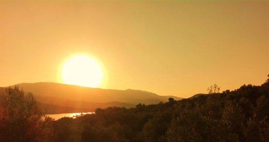 Gera, Yunanistan: Zonsopkomst vanaf het balkon