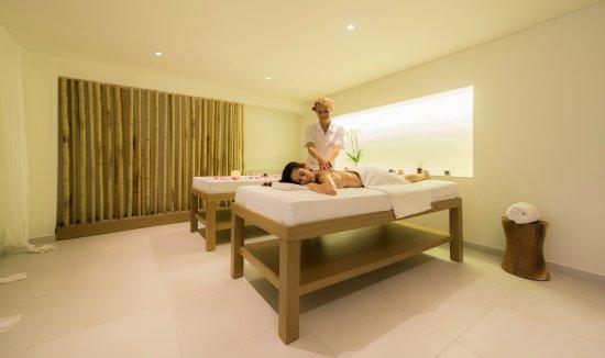 Bitzaro Grande Hotel: Armonia Spa  Massage treatment