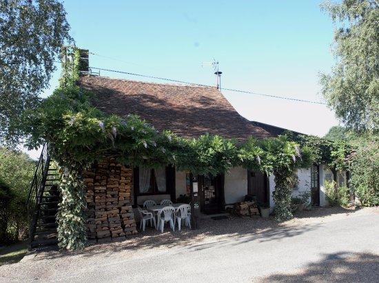 Monthodon, Γαλλία: L'ingresso della struttura