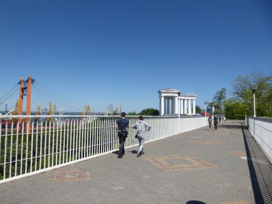 Belvedere of Vorontsov's Palace: Belvedere from Mother-in-Laws Bridge