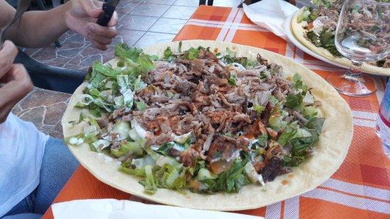 Cala Liberotto, Italy: kebab sardo