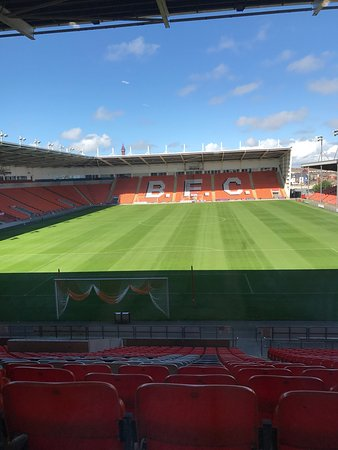 Blackpool FC Hotel: The view from our room window