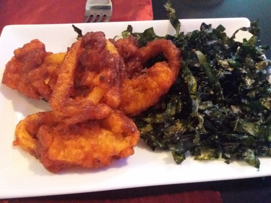 Wetherby, UK: Chilli Squid with Seaweed