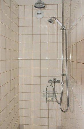 Maison de Marquay : Shower
