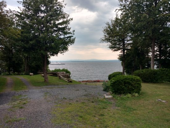 Grand Isle, VT : View of the lake