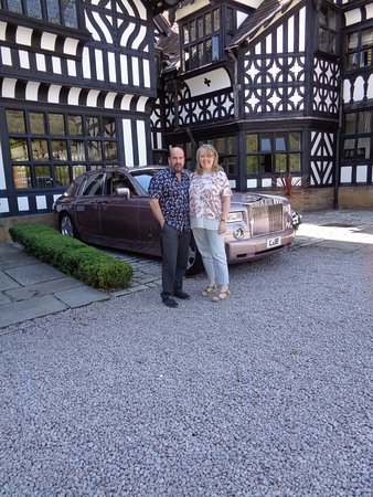 Frankby, UK: Outside the gorgeous building - not our car!!