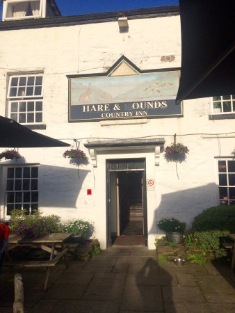 The Hare and Hounds Restaurant: photo0.jpg