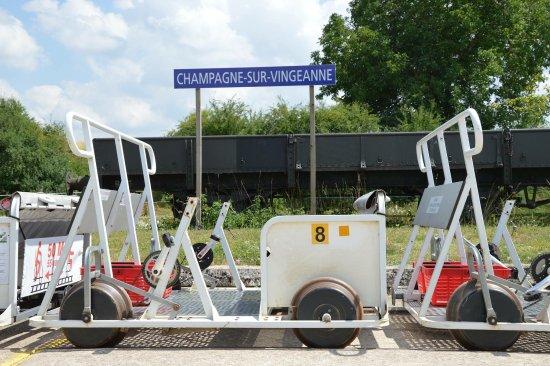 Champagne-sur-Vingeanne, France : photo1.jpg