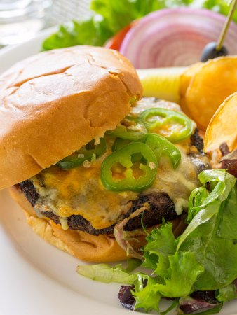 Wayne, PA: Lip Smacker Burger at Glenmorgan