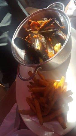 Drummondville, Canada: Mussel Bucket