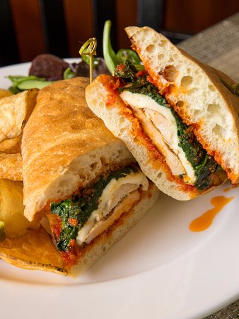 Radnor Hotel: Grilled Chicken Ciabatta at Glenmorgan
