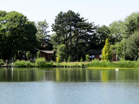 York Lakeside Lodges Photo
