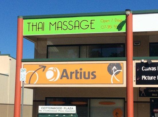 massage room picture of origin thai massage oxenford. Black Bedroom Furniture Sets. Home Design Ideas