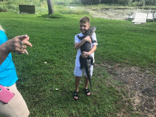 Lake Panasoffkee, FL: Erik with his new friend!