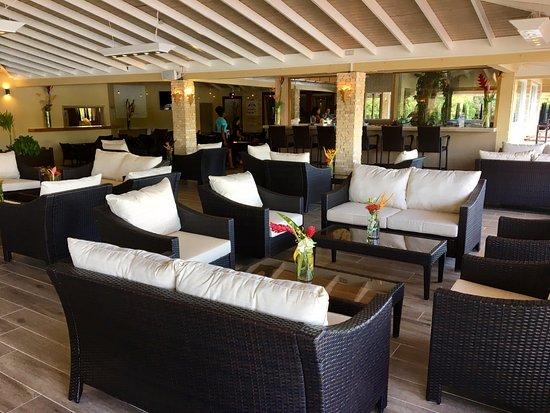 Saint George Parish, Grenada: Lounge area and Bar