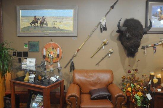 Prairie Edge Trading Co. & Galleries: a vendre