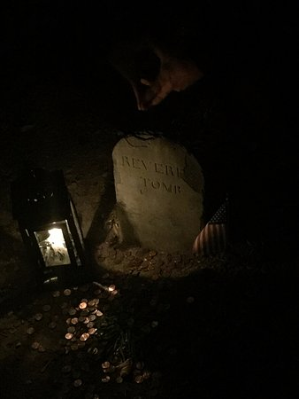 Ghosts & Gravestones : Paul Revere's Tomb