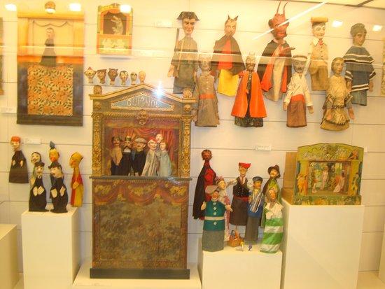 Juguete Of Del Museo Museu De Picture Figueras Joguet Ow0k8PnX