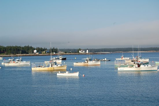 Prospect Harbor, ME: Harbor view from Elsa's Inn
