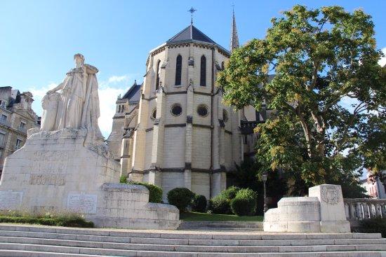 Casino de Pau Groupe Tranchant