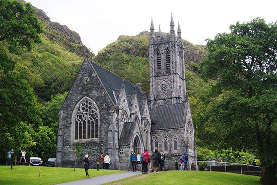 Kylemore Abbey & Victorian Walled Garden: La chiesa Gotica