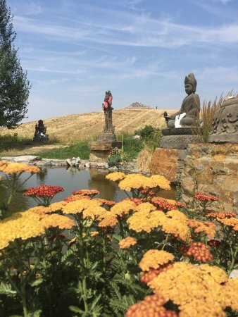 Garden Of One Thousand Buddhas Arlee Tripadvisor