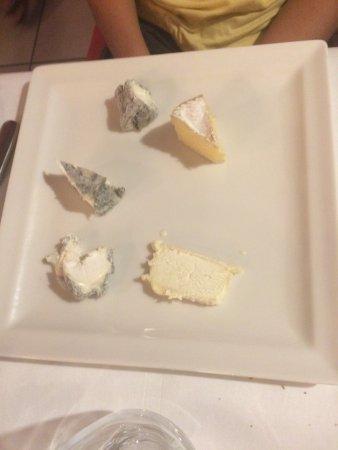 Vallieres-les-Grandes, Francia: Plateau de fromage