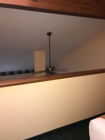 Minocqua, WI: Pictures of the three queen loft suite