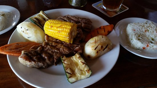 Restaurante El Espigon: Rib Eye steak with grilled vegetables and rice
